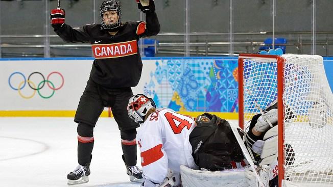 Canada Shuts Out Switzerland 5-0 in Women's Hockey in Sochi