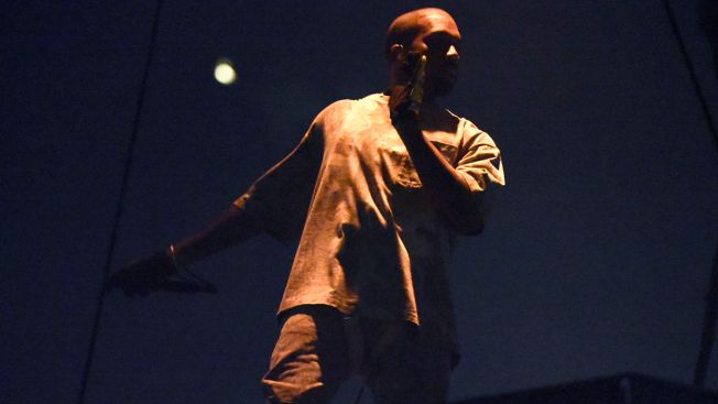Kanye West Resumes Touring After Kim Kardashian Robbery
