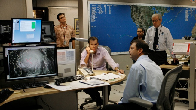 National Weather Service Cancels Its Union Contract