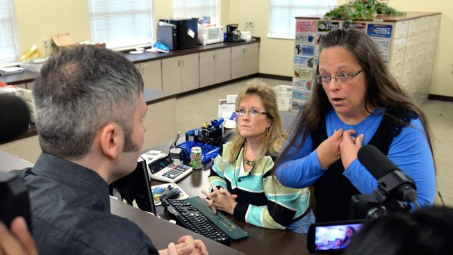 Kentucky Clerk Asks Judge, Again, for a Way Out of Gay-Marriage Order