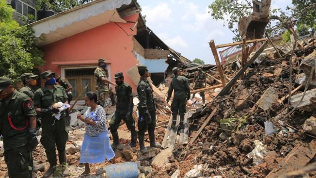 100 Feared Dead After Huge Sri Lanka Garbage Dump Collapse