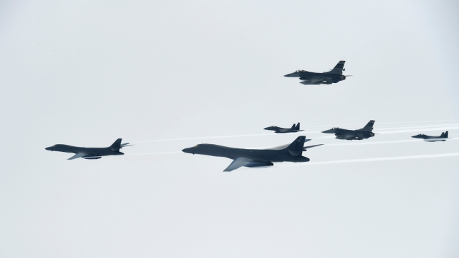 B-1 bombers key to a USA  plan to strike North Korea