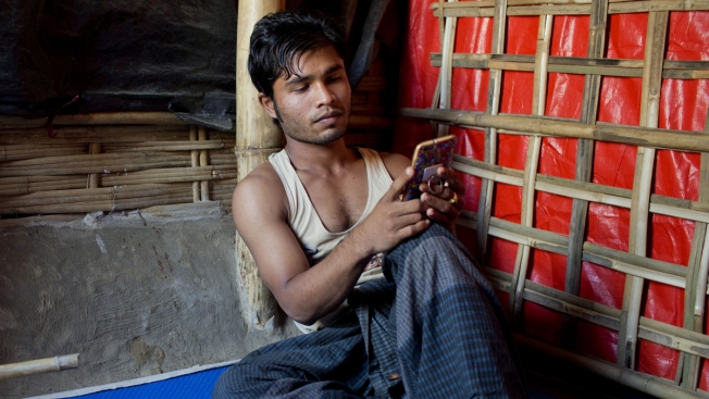 Rohingya Refugees Who Fled Brutal Attacks Have Only Memories Saved on Cellphones