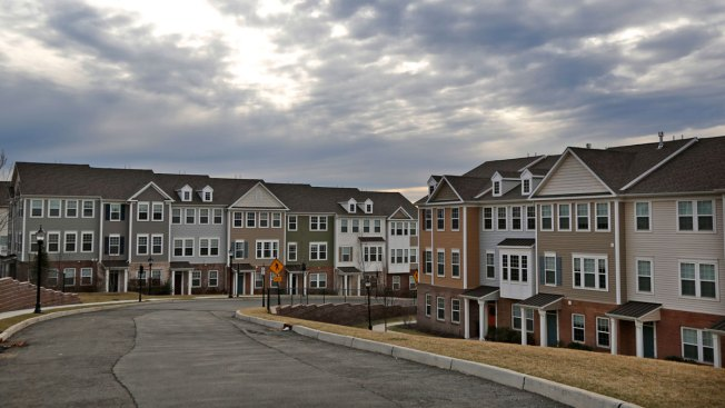 Average 30-Year Mortgage Rates Rose to 4.45 Percent