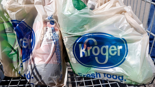 Kroger to Phase Out Plastic Bags at All Stores