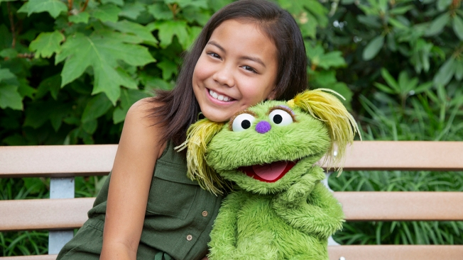'We're Not Alone': 'Sesame Street' Tackles Opioid Addiction Crisis