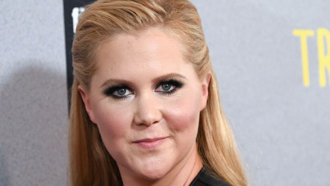 Amy Schumer Apologizes to Fans