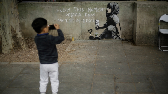 Climate Mural Emerges After London Protests; Is It Banksy?