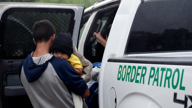 Border Patrol Expands Fingerprinting of Migrant Children