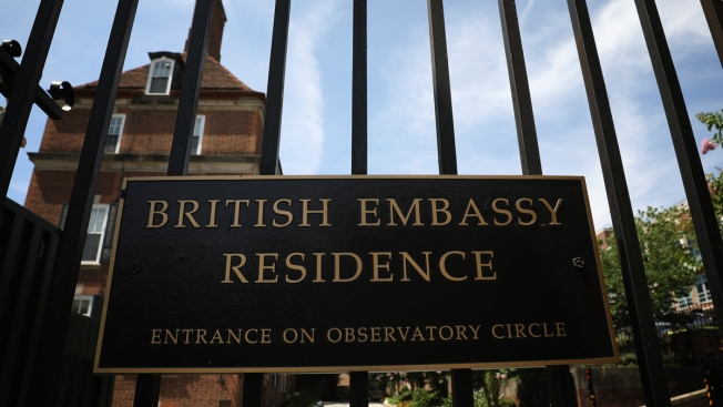 Diplomats Shaken for Now After Britain's US Ambassador Quits