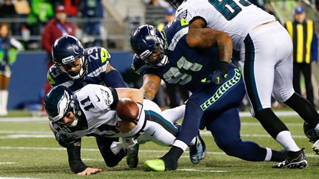 Philly's Wentz Shows Flaws and Potential in Loss to Seattle