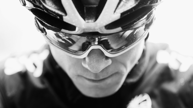 Tour de France 2015: Froome Holds on to Lead in Week 1