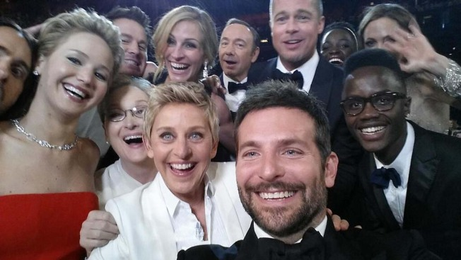 Ellen DeGeneres Breaks Twitter Record With the Best Oscar Selfie Ever
