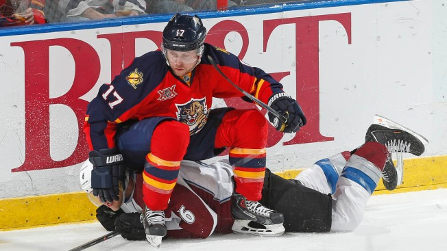 Florida Panthers Come Up Short Against Avalanche, 3-2