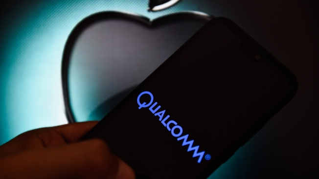 Qualcomm Surges After Announcing a Settlement With Apple Over Patent Royalties