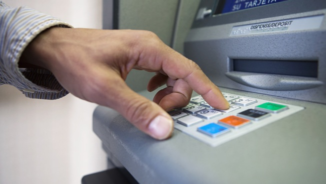 ATM Fees Hit Record High in US: Survey