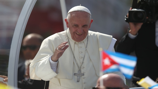 Pope Ends Cuban Trip with Address to Families, Heads to US