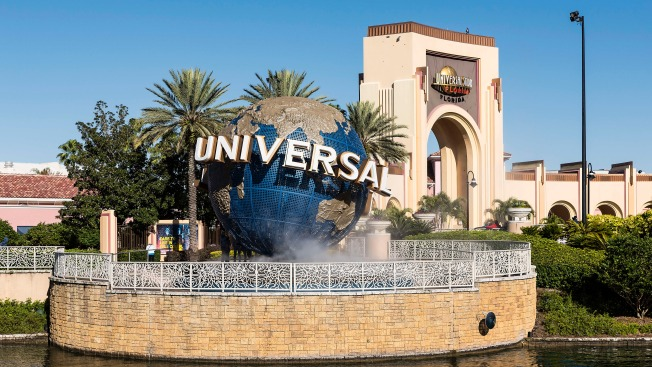 Universal Orlando Responds to Picture of Riders Flashing Nazi Salute