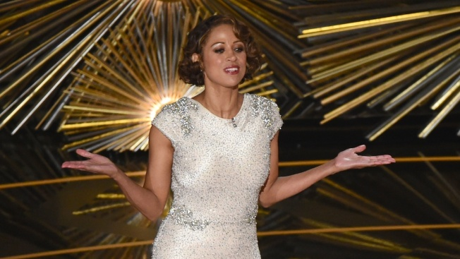 Stacey Dash Made a Surprise Appearance at the Oscars and You'll Never Believe How It Went Down