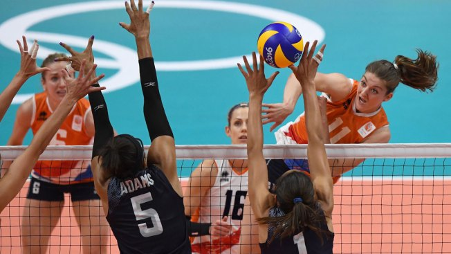 Women's Volleyball: US Holds Off Netherlands