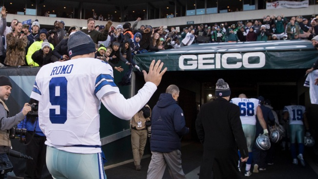 Tony Romo Retires Rather Than Play For Texans