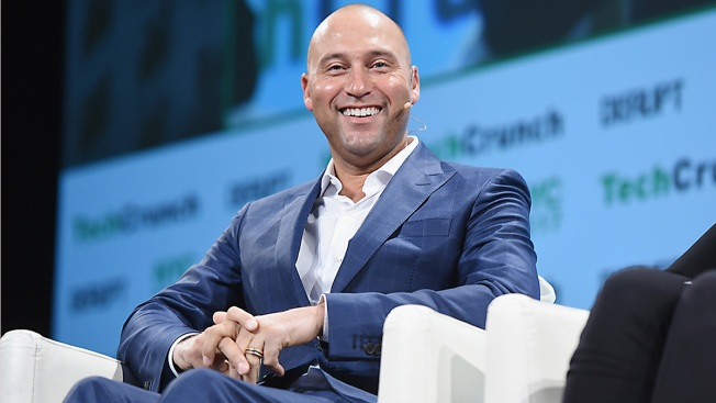 Derek Jeter has deal to buy Marlins