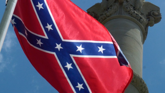 Pensacola Removes Confederate Flag From City Property