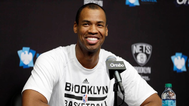 Nets Sign Jason Collins for Rest of Season