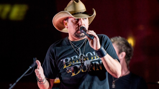 After Vegas Shooting, Jason Aldean Carries the Weight of Tragedy