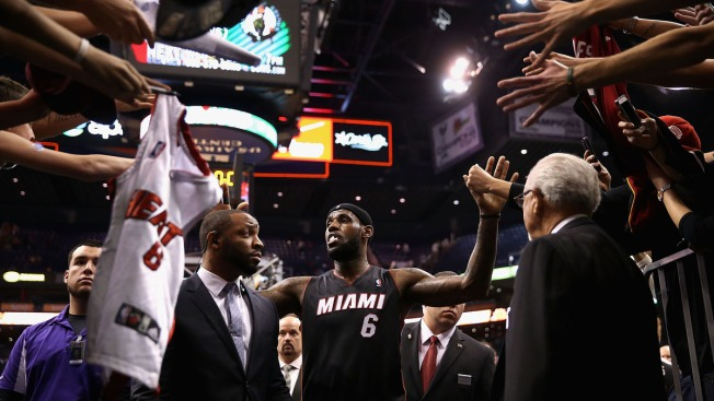 LeBron James Scores 37 to Lead Miami Heat Past Phoenix 103-97