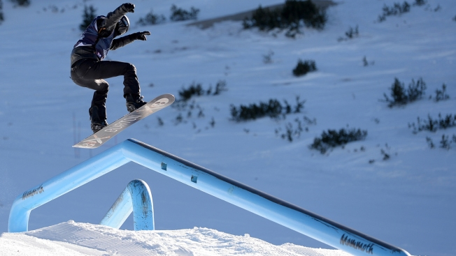 Shaun White Clinches Olympic Snowboard Qualifier