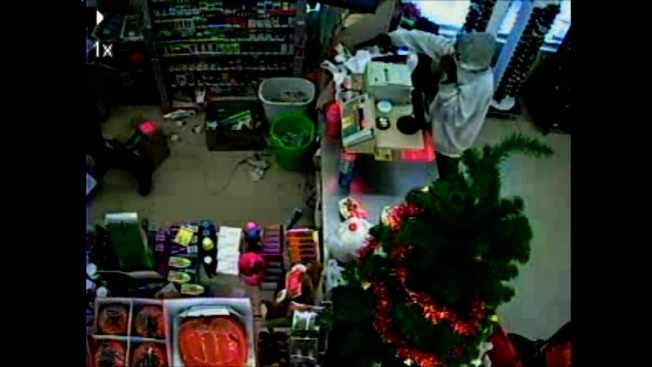 Family Dollar Christmas Trees.Police Release Footage Of Family Dollar Attempted Armed