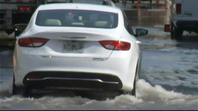 High Tide Possible Water Main Break Brings Flooding To Fort
