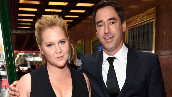 Amy Schumer Pregnant, Expecting First Child With Husband Chris Fischer