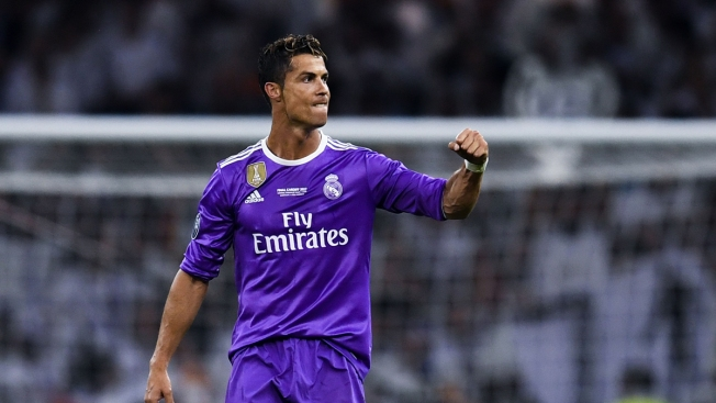 Real Madrid show support for Cristiano Ronaldo over tax fraud accusations