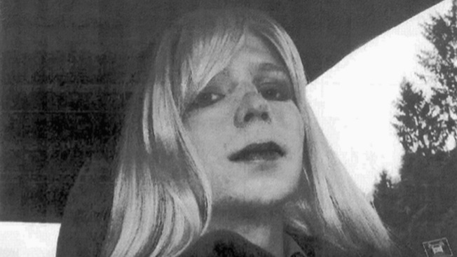 'First Steps of Freedom': Chelsea Manning Is Released From Prison After Granted Clemency by Obama