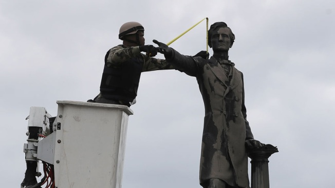 Leaders Against Confederate Monuments 'Should be Lynched', Says Lawmaker