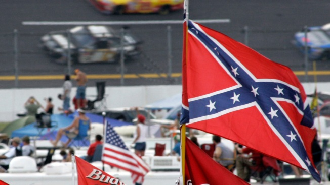 NASCAR Tracks Unite, Ask Fans to Not Fly Confederate Flag