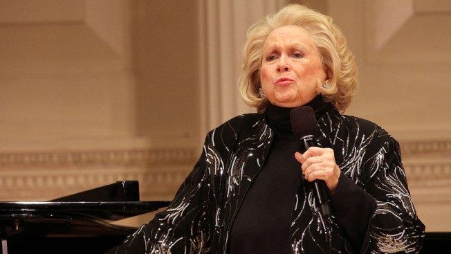 Acclaimed Broadway Singer, Actress Barbara Cook Dies at 89