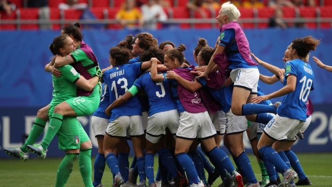 Italy Beats Australia 2-1 on Bonansea's Stoppage Time Goal