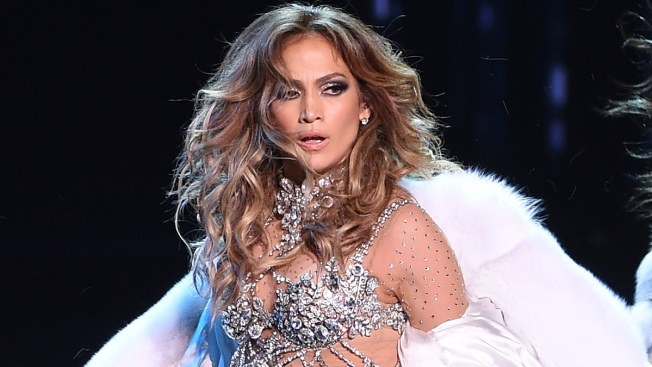 JLo Needs Help From Dancers After Dramatic Knee Slide in Vegas Show