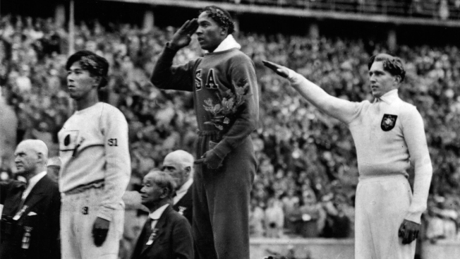 "Jesse Owens Gold Medal Auction ""Difficult"" for IOC President"