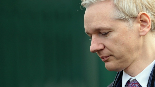 WikiLeaks Docs Show Assange Bid for Russian Visa