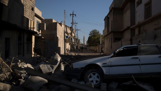 Iraqi Troops Face Stiff Resistance From IS in Eastern Mosul