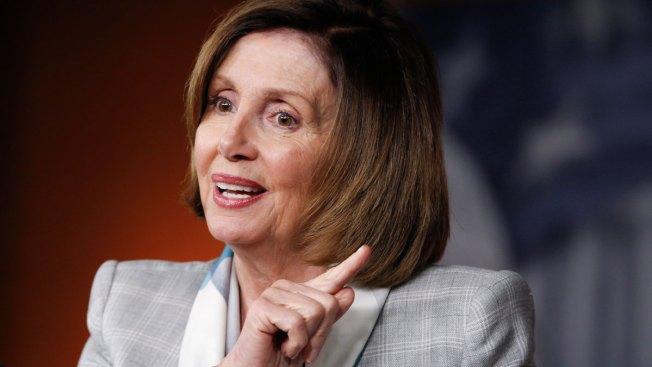 House Democrats Re-Elect Pelosi as Minority Leader, Despite Challenge
