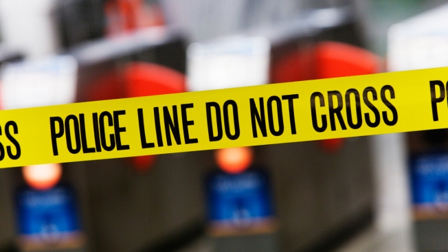 4-Year-Old Boy Shoots Pregnant Mom in the Face in Seattle