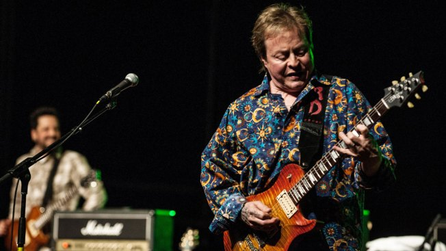Rocker Rick Derringer Pleads Guilty: Carried Pistol on Plane, in Airport