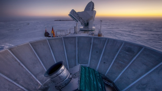 """""""Smoking Gun"""" Evidence Spotted for Universe's Early Growth Spurt"""
