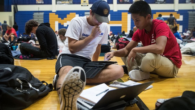 Survey Finds Exchange Students Think US High Schools Easier