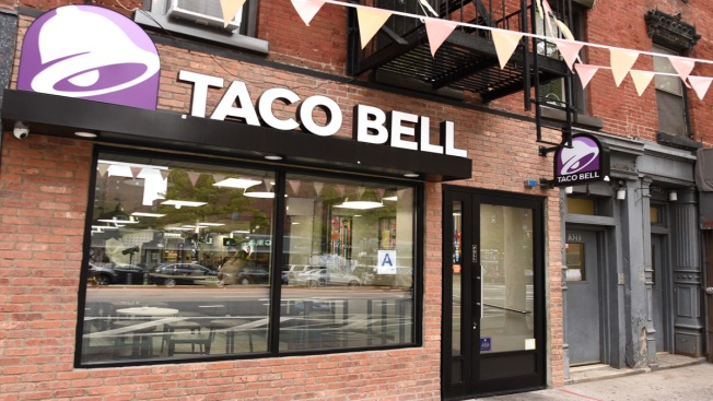 Taco Bell Gives Out Free Tacos Today After Warriors Stole a Home-Game Victory